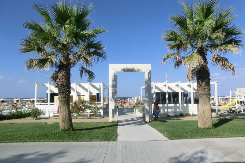of...BAGNO RINATO 68/69 - Hotel Conti - Hotel Benhur - Hotel Vannini ...