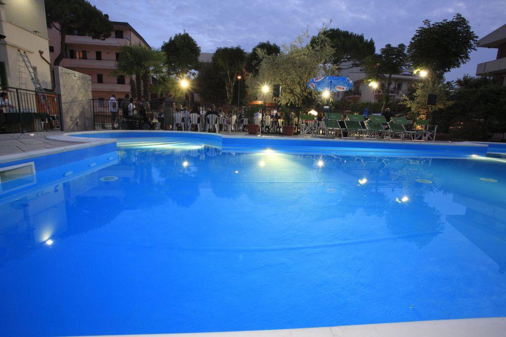 Pool Hotel Conti Hotel Benhur Hotel Vannini Conti Hotels Rimini